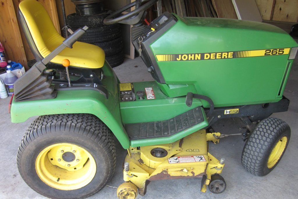 lawn equipment auction