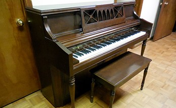 piano auction